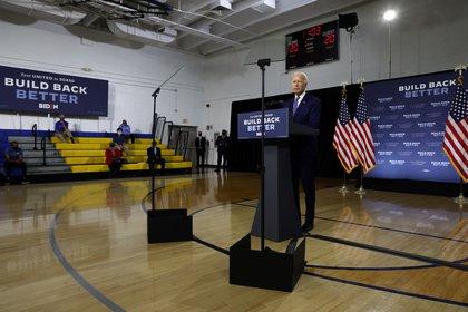 Biden habla en un evento de campaña en el estado de Delaware. Foto: REUTERS/Jonathan Ernst