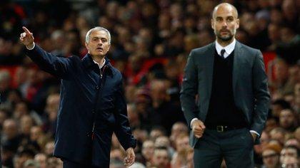 José Mourinho y Josep Guardiola (Reuters)