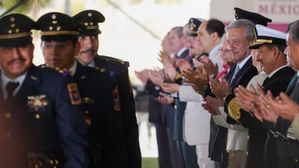 AMLO has assigned more than 30 tasks to the armed forces like never before (Photo: lopezobrador.org.mx)