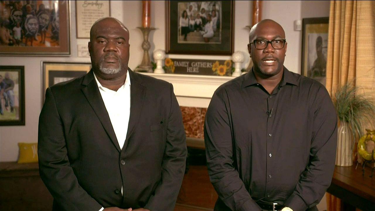 Rodney y Philonise Floyd, hermanos de George Floyd. Foto: 2020 Democratic National Convention/via REUTERS