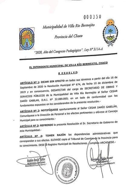 La resolución a través de la cual la Municipalidad comunicó el despido de César Gabilán