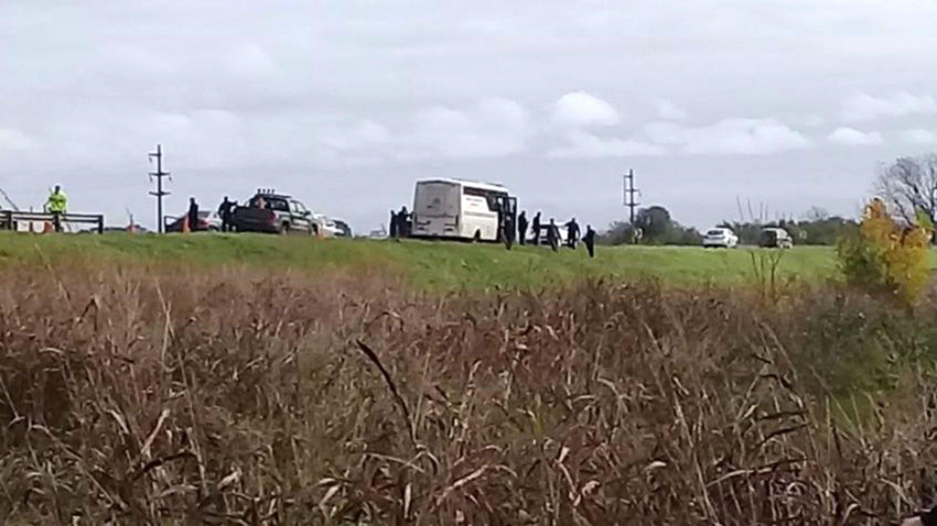 Lugar de la autopista Rosario-Santa Fe donde se escaparon los presos que eran tarsladados a la cárcel de Coronda (Gentileza: Rosario3.com)
