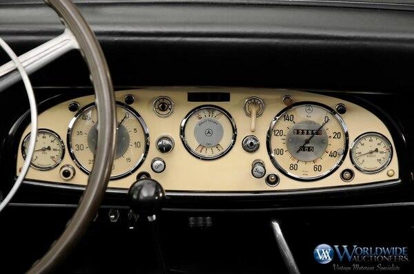 """""""The Devil's Mercedes: The Bizarre and Disturbing Adventures of Hitler's Limousine in America"""" es un libro escrito por Robert Klara que cuenta la historia del vehículo. El autor dice que la unidad pasó de Alemania a Suecia y de ahí a Estados Unidos. Décadas después fue hallado en un museo canadiense"""