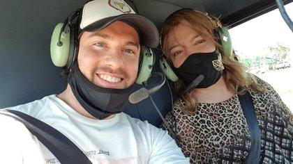Leo Alturria sorprendió a Lizy Tagliani al regalarle un vuelo en helicóptero