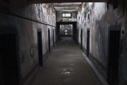 La antigua prisión en la fortaleza de Gjirokastra