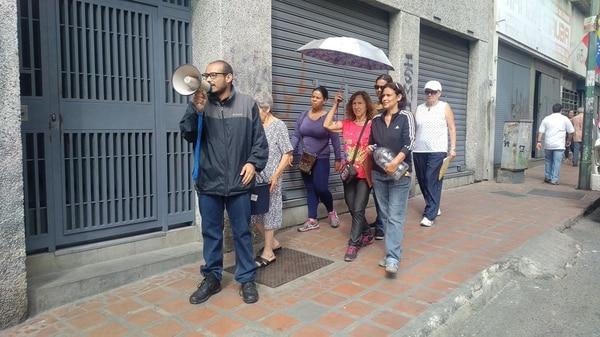 Piden una pronta solución al gobierno (@TVVnoticias)