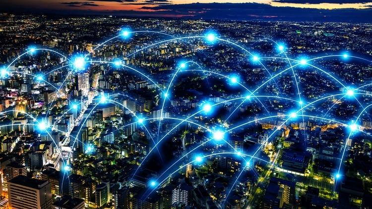 Las redes 5G son hasta 100 veces más veloces que el 4G.