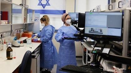 Israel no registró muertes diarias por coronavirus por primera vez en 10 meses