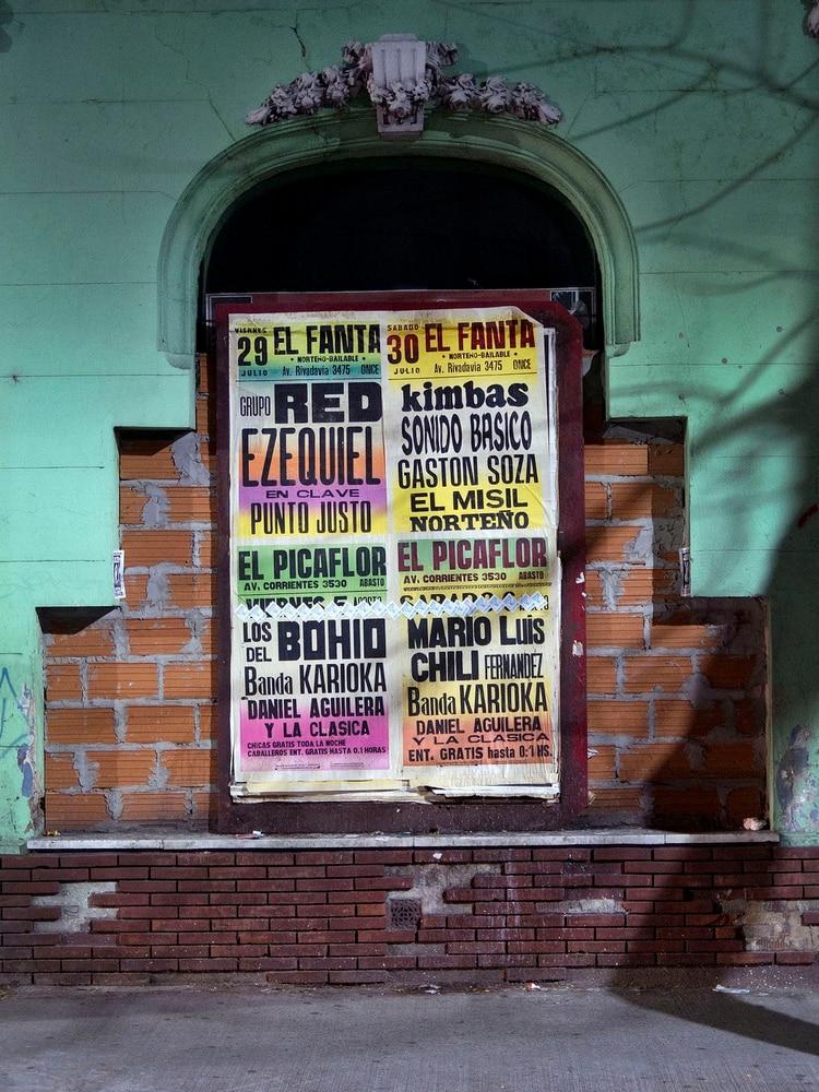 Este ecleticismo que tiñe al barrio del Once lo convierte en una zona atractiva y con una fuerte impronta multicultural. (Maximiliano Vernazza)