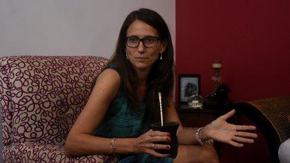 La flamante ministra Elizabeth Gómez Alcorta dio su primera entrevista como funcionaria a periodistas especializadas en género (Nicolás Stulberg)