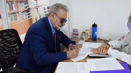 Quico busca ser gobernador en México — No me simpatizas