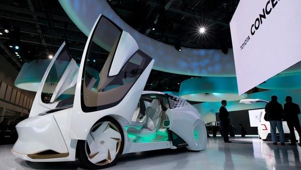 El Toyota Concept-i, uno de los autos más futuristas de la muestra japonesa (Getty)