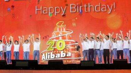 La despedida de Jack Ma se celebró en el marco del vigésimo aniversario de Alibaba, que a su vez coincidió con el cumpleaños número 55 del empresario chino.