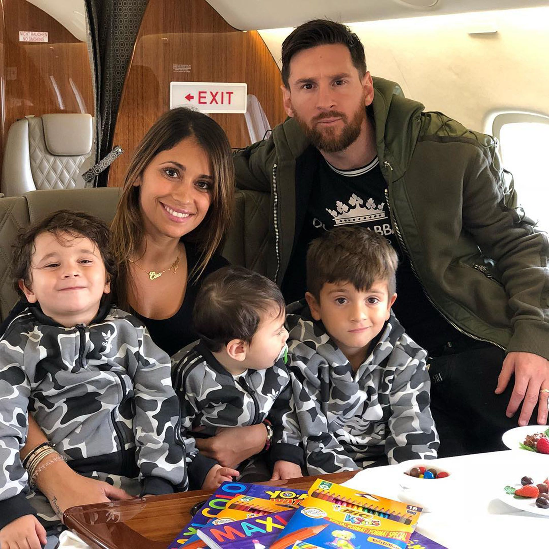 Lionel Messi, Antonela Roccuzzo y sus tres hijos aterrizaron en Rosario