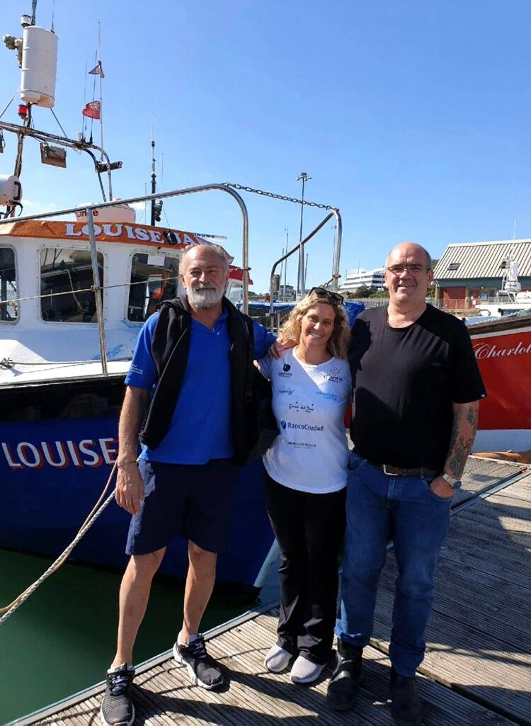 El capitán del barco Louise Jane le comunicará a Catalina Giaccaglia el día que podrá intentar cruzar el Canal de la Mancha
