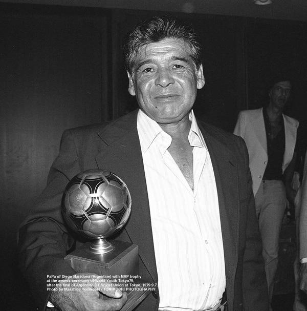 Don Diego, el padre de Maradona no se perdió los festejos