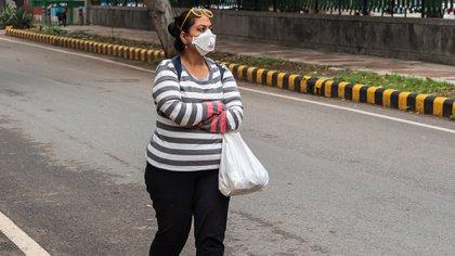 La obesidad disminuye la función pulmonar a través de una mayor resistencia en las vías respiratorias y una mayor dificultad para expandir los pulmones (Shutterstock.com)