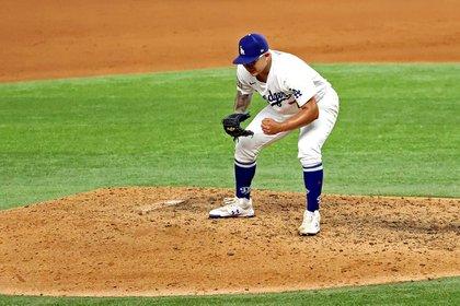 Julio Urías y Víctor González fueron pieza clave para que los Dodgers  pudiera superar a Tampa Bay en el sexto partido de la Serie Mundial (Foto: Kevin Jairaj-USA TODAY Sports)