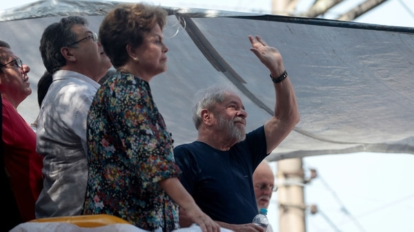 Lula junto a Dilma Rousseff (Reuters)