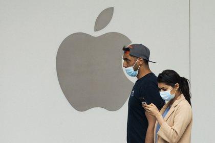 Apple encabeza el ranking de la empresas más valiosas de tecnología según la consultora Kantar. EFE/Michael Reynolds