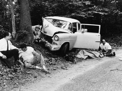 El accidente que sufrió Mara Scherbatoff cuando cubría la boda de Marilyn Monroe y Arthur Miller (AP)