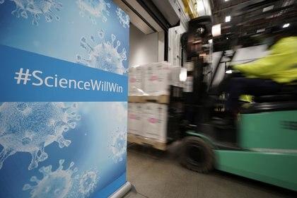 """""""La ciencia ganará"""", la frase  motivacional que se se lee en varios sectores de de la planta de Pfizer"""