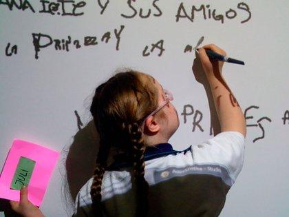 En CRIS, UBRIS y URIS hay terapias físicas, así como terapia de lenguaje y ocupacional y apoyo psicológico para la persona y su entorno familiar (Foto: Archivo)
