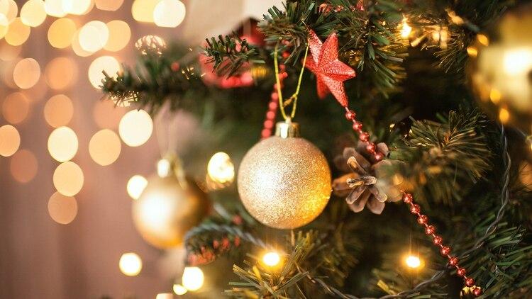 """d9a57547f42 Los adornos navideños son los productos más """"baratos"""" en la decoración  (Getty)"""