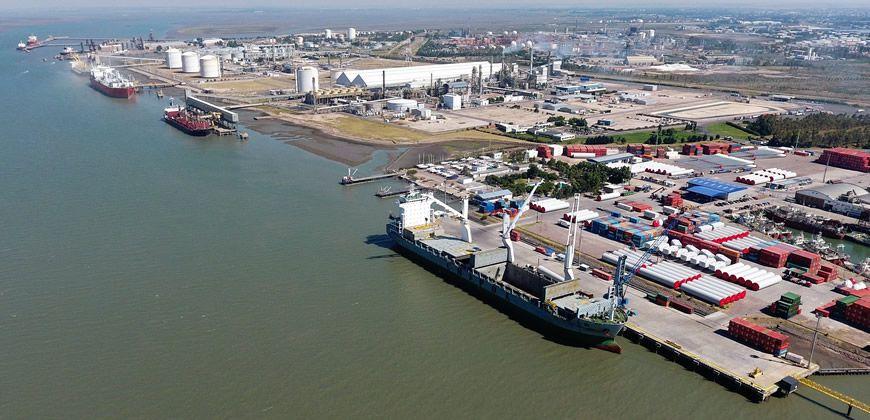 Se liberó el bloqueo sobre el puerto de Bahía Blanca, y lentamente comienza a normalizarse la comercialización de granos.
