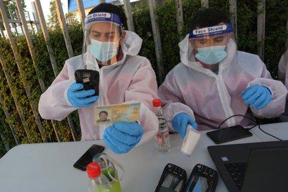 El mundo ya tiene 33 millones de infectados y más de un millón de muertos por el nuevo coronavirus surgido en China. - EFE/ Elvis González/Archivo