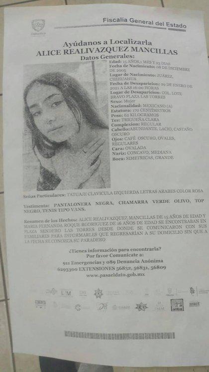 Circular de búsqueda de Alice Realivázquez emitida por la FGE de Chihuahua (Foto: Fb/Israel Realivázquez)