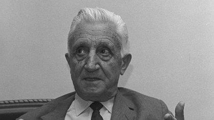 El ex presidente Arturo Illia