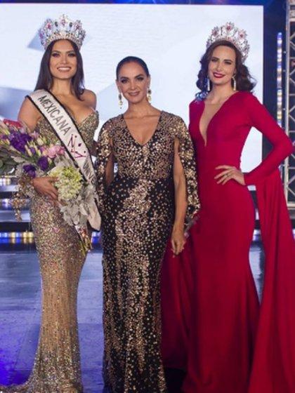 Andrea Meza tras su coronación, junto a Lupita Jones y Claudia Lozano, quien sustituyó a Sofía Aragón (Foto: Instagram @mexicanauniversalof)