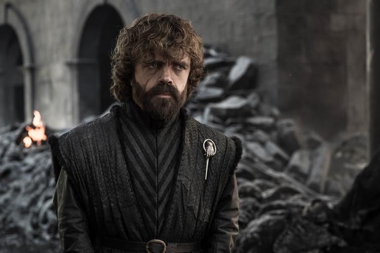 La cara de la decepción: Tyrion Lannister, y las ruinas de King's Landing (Foto: Twitter @GameofThrones)