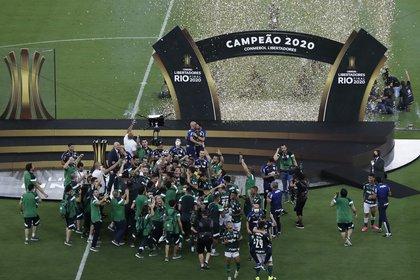 Palmeiras se consagró en el estadio Maracaná (REUTERS/Silvia Izquierdo)