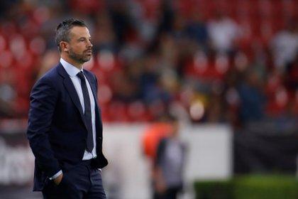 Rafa Puente dejó de ser entrenador de Atlas (Foto: Francisco Guasco/ EFE)