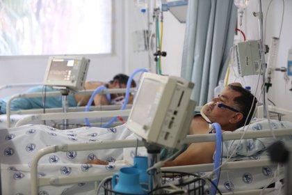 Según un estudio, se estima que 50% de la pacientes infectados ha experimentado problemas neurológicos (Foto: EFE/Sáshenka Gutiérrez)