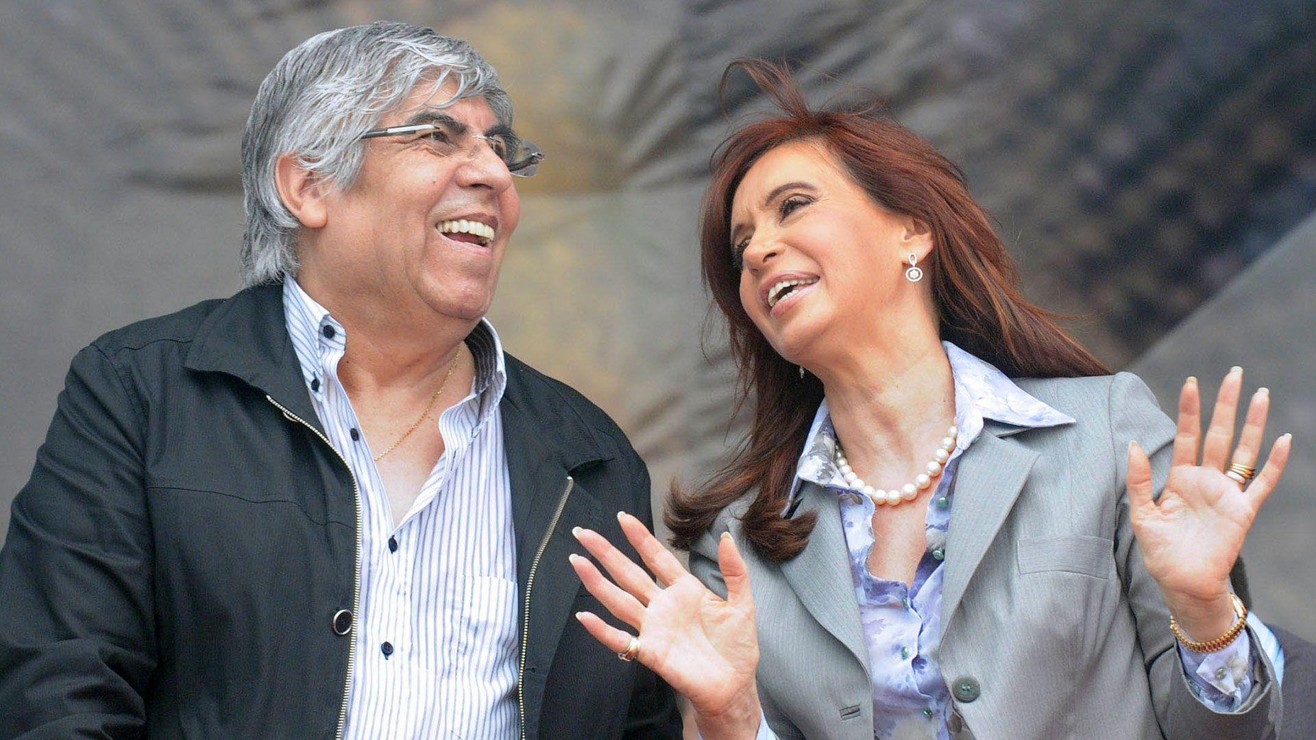 Hugo Moyano y Cristina Fernández de Kirchner cuando todavía tenían buena relación política
