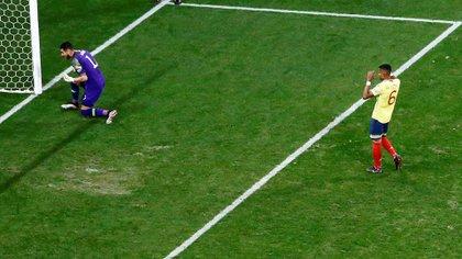 William Tesillo erró su penal ante Chile cuando Colombia quedó eliminada en la Copa América (Reuters)