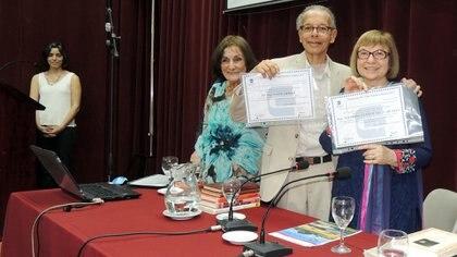 Nasir y Esther en el 2018 durante la presentación, en Tucumán, de un libro escrito en conjunto. La pareja nunca dejó de venir a la Argentina. Fotos: Colegio de Graduados en Ciencias Económicas de Tucumán
