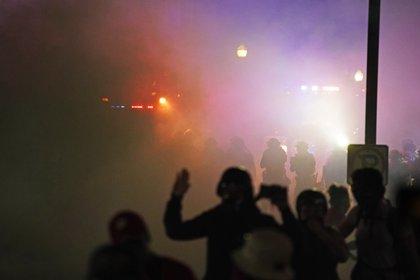 Tras el caso de Jacob Blake, estallaron violentas protestas en (AP)