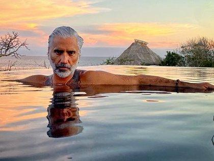 El Potrillo le ha demostrado a todos cómo aceptar el paso de los años con estilo (Foto: Instagram Alejandro Fernández)