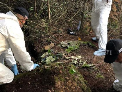 Los restos óseos de los jóvenes fueron hallados en una fosa clandestina (Foto: Fiscalía)