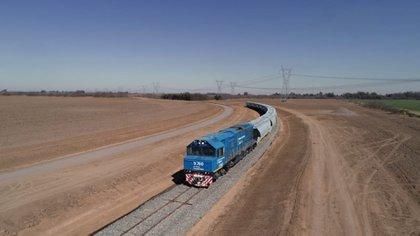 El ingreso del tren de carga a los puertos de Timbúes permitirá ahorrar a los productores hasta un 30% en los costos de logística