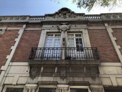En el diseño de los edificios de la época se percibe la influencia de Porfirio Díaz, por su gusto por la arquitectura francesa (Foto: Diana Zavala/Infobae)
