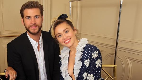 Miley y Liam (Grosby Group)