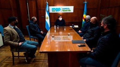 La reunión donde se firmó el acuerdo (Foto: Municipio de General Pueyrredón)