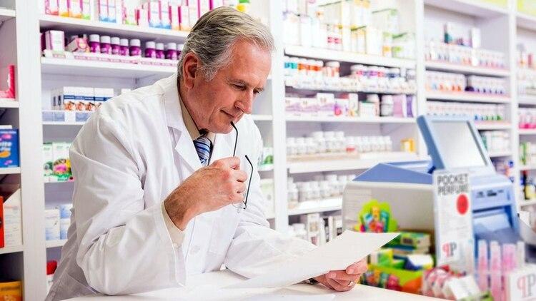 """La responsabilidad de que una persona acceda a una medicación que requiere prescripción médica sin la receta recae """"sobre el agente sanitario de la farmacia, que está cometiendo un delito y es grave"""", advirtió la doctora Worcel."""
