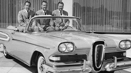 Con el Edsel, Ford perdió 250 millones de dólares de aquella época en tres años.