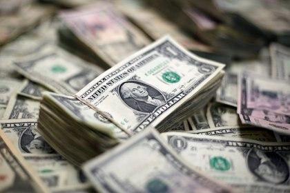 El Gobierno necesita divisas para regularizar el pago de la deuda (Reuters)